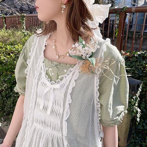 鈴蘭刺繍ワンピース