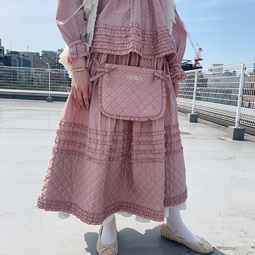 キルトポケット付き水玉スカート