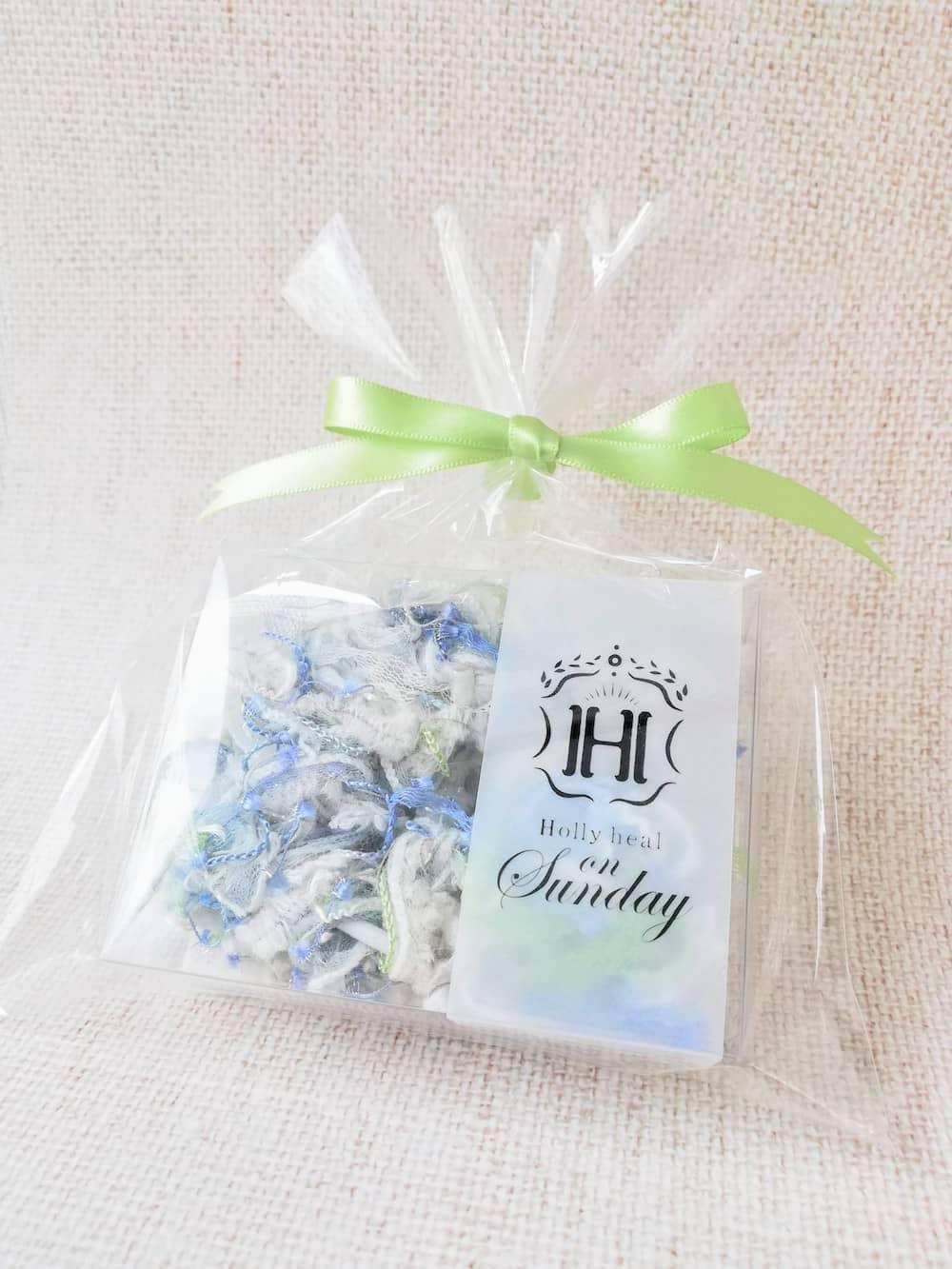アミート・ブーケ(Amiito Bouquet)忘れかけていた情熱 by Holly heal on Sunday