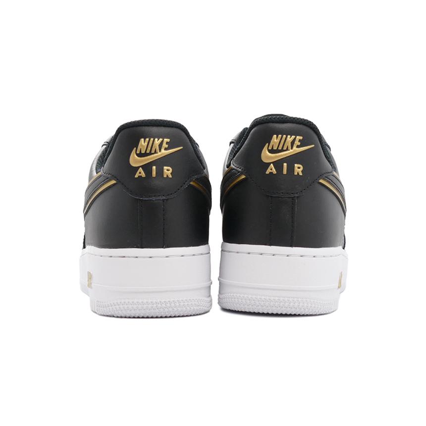 スニーカー ナイキ NIKE エアフォース1'07LV8 ブラック/メタリックゴールド/ホワイト 黒 金 DA8481-001 メンズ シューズ 靴 21FA