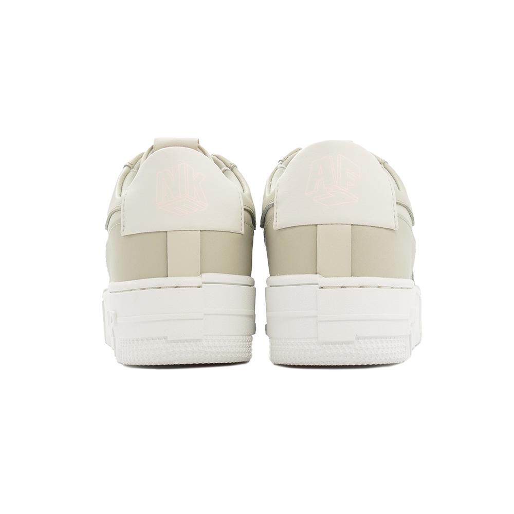 スニーカー ナイキ NIKE ウィメンズAF1ピクセル ライトストーン/ライトボーン/サミットホワイト CK6649-104 レディース シューズ 靴 21FA