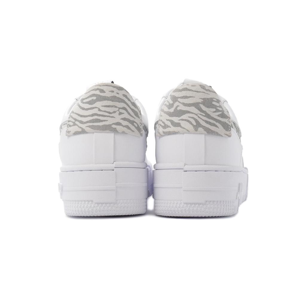 スニーカー ナイキ NIKE ウィメンズエアフォース1ピクセルSE ホワイト/サミットホワイト/パーティクルグレー 白 灰 DH9632-100 レディース シューズ 靴 21FA