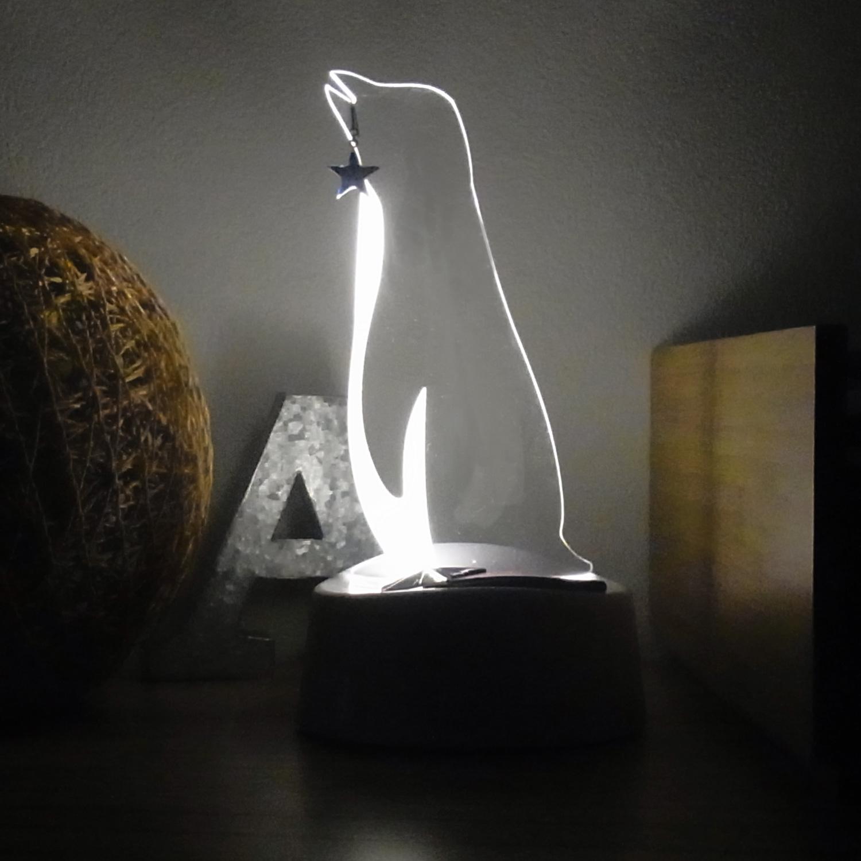 LEDアクリルスタンドライト【ペンギン】 (ART-WT-05)