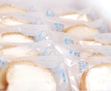 太陽と風の瀬戸内ラスク「塩バター」 8袋(16枚)入