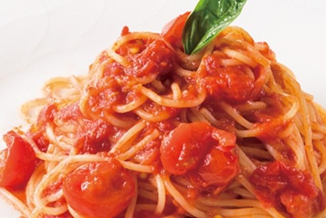 【 送料無料 生パスタ パスタソースセット 】リコピンセット/生 スパゲティ4食と トマト ソース2食、 ナポリタン ソース2食/ おいしい ディラム100% パスタ(冷蔵商品)一部地域追加送料