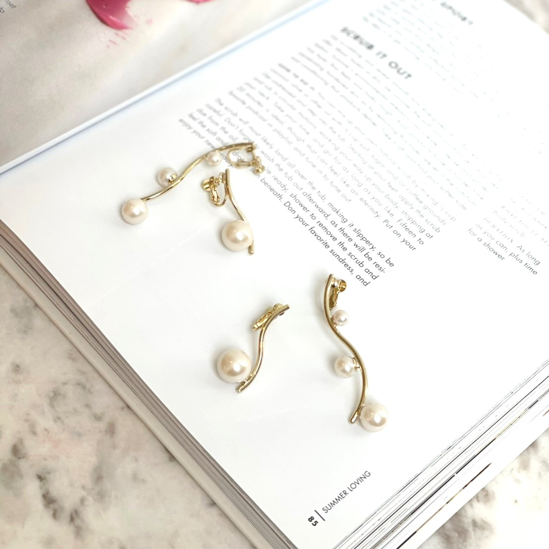 asymmetry pearl earring