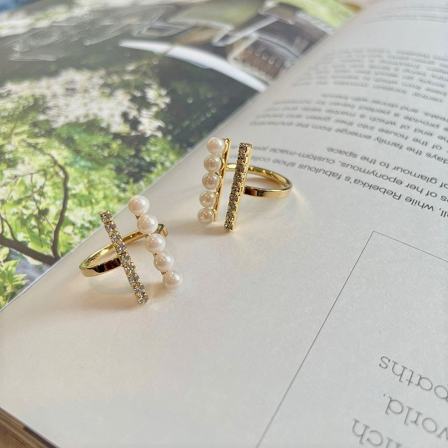 line pearl×rhine stone ring