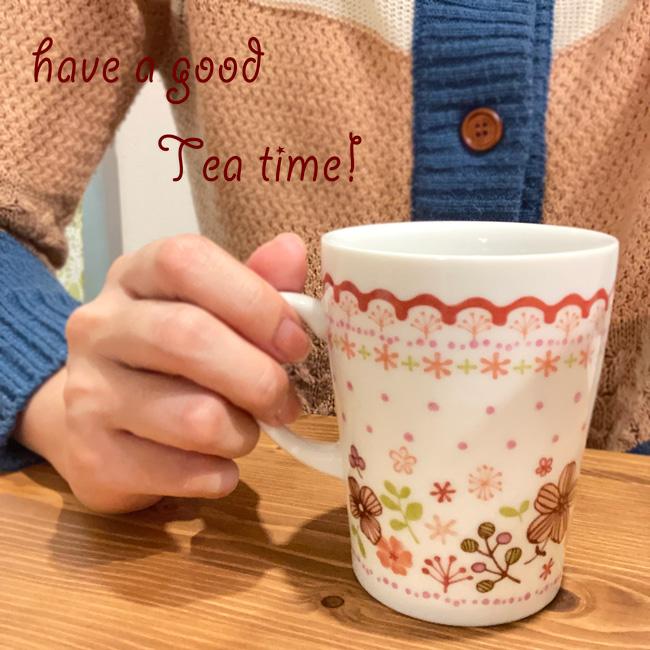 茶こし付き マグカップ ( フラワー ) ピンク 赤 使いやすいメッシュタイプの ティーストレーナー 茶漉し ☆ プレゼント 可愛い ギフト おしゃれ 贈り物 紅茶 & ハーブティー 用 (箱付き・ギフト包装無料・送料無料)