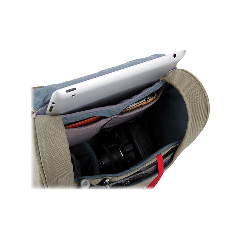 エレメンタルショルダーバッグ タン クリックエリート(Clik Elite) CE737TN
