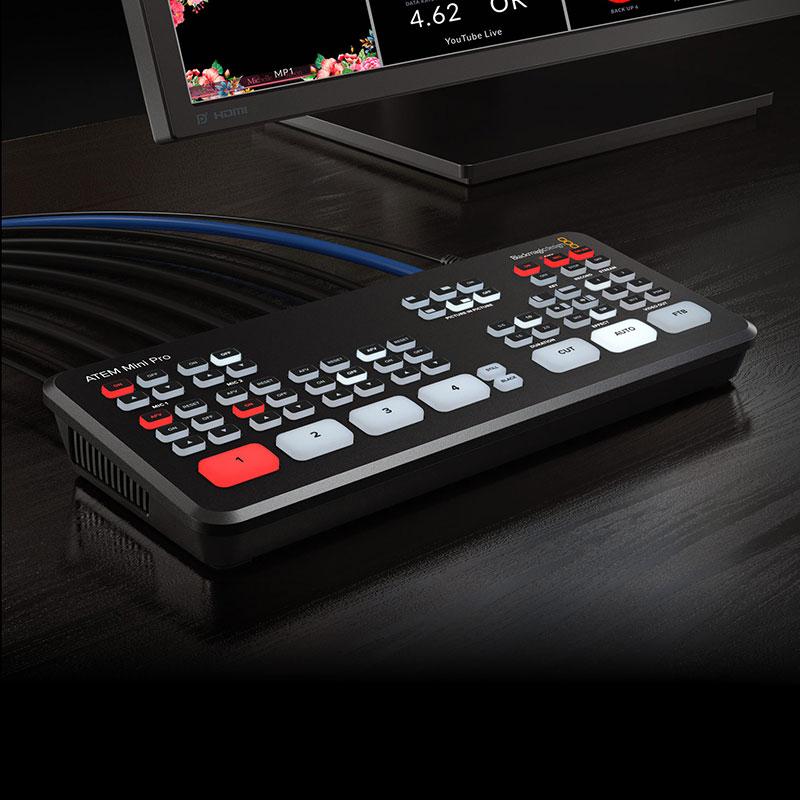 【メーカー取り寄せ】Blackmagicdesign ATEM Mini PRO