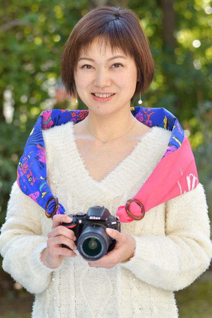 SAKURAカメラスリング沖縄限定バージョン「ムム(桃)」