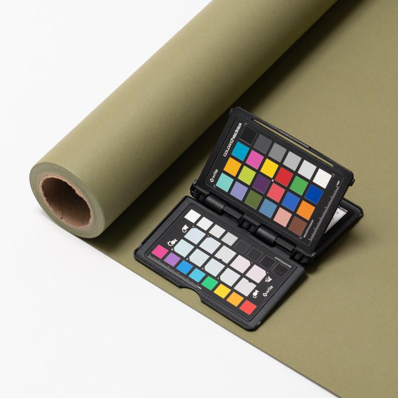 撮影用背景 1.8×11mロールバック紙 (334 オリーブグリーン/巻芯・梱包付)