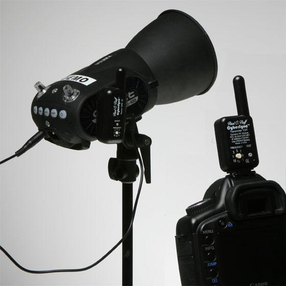 サイバーシンク2.4GHz FM受信機