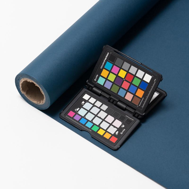 【販売終了】撮影用背景紙 1.36×11mロールバック紙   (305 ウルトラマリン(紺色)/巻芯・梱包付)