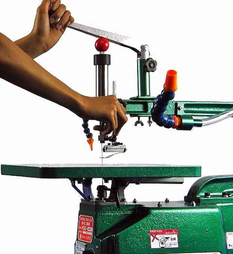 ユタカ スタンド付木工糸のこ盤(鋳物定盤、フトコロ720mm、Hybridタイプ) YSC-720FGTSV