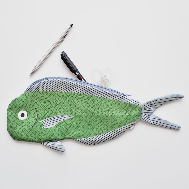 Don Fisher/撥水加工ポーチ DOLPHIN FISH ドンフィッシャー スペイン ペンケース