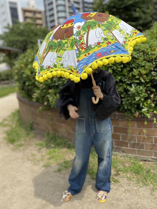 nuts 日傘 ポンポン大