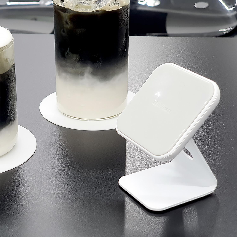 WARP Solution STAND:ON 2WAYミニワイヤレス充電器 スノーホワイト