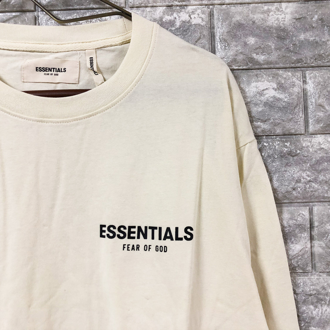 新品【Sサイズ】 FOG Fear Of God Essentials フェアオブゴッド エッセンシャルズ BOXYTEE ロンT ロングTシャツ カットソー エッセンシャル 白