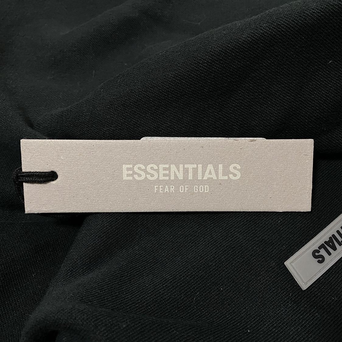 2020新作 新品 FOG Fear Of God Essentials フェアオブゴッド エッセンシャルズ 【Sサイズ】 LOGO パーカー フーディ エッセンシャル BLACK ブラック フォグ【ジェリーロレンゾ着】