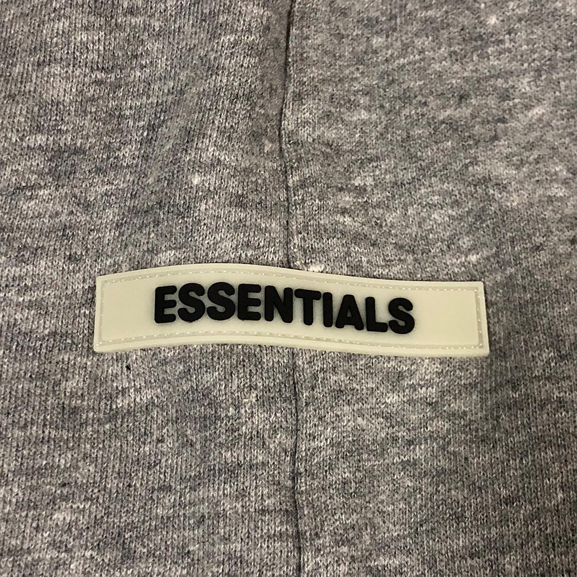 新品 Fear Of God Essentials フェアオブゴッド エッセンシャルズ 【XSサイズ】 リフレクティブ スウェット ショーツ ハーフパンツ グレー FOG