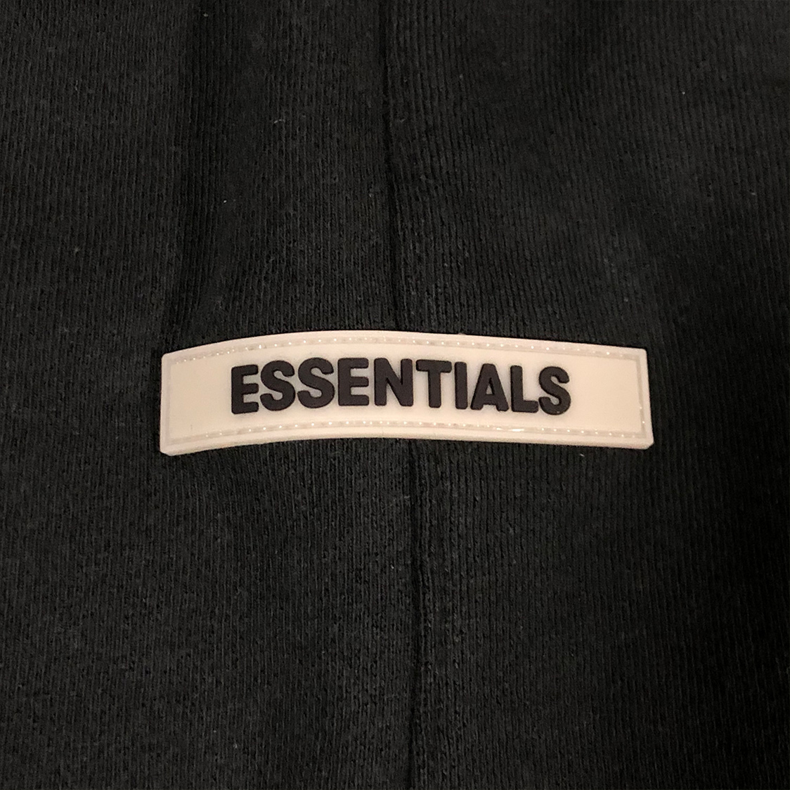 新品 Fear Of God Essentials フェアオブゴッド エッセンシャルズ 【XSサイズ】 リフレクティブ スウェット ショーツ ハーフパンツ ブラック FOG
