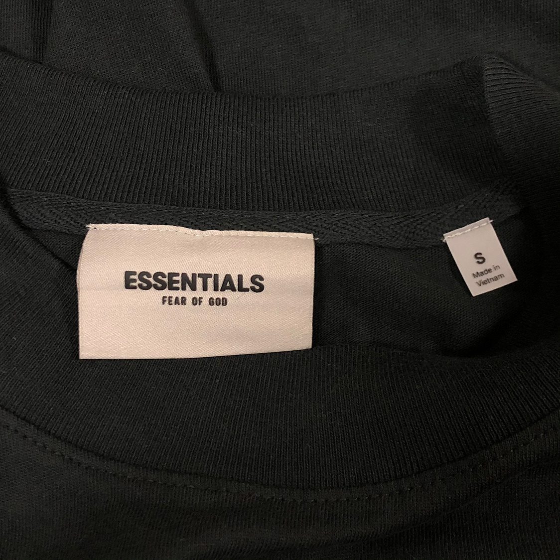 2020新作 新品 FOG Fear Of God Essentials フェアオブゴッド エッセンシャルズ 【Sサイズ】 LOGO ロンT 長袖Tシャツ エッセンシャル BLACK ブラック フォグ