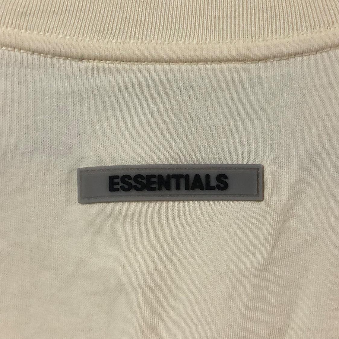 2020新作 新品 FOG Fear Of God Essentials フェアオブゴッド エッセンシャルズ 【Mサイズ】 LOGO ロンT 長袖Tシャツ エッセンシャル CREAM クリーム フォグ