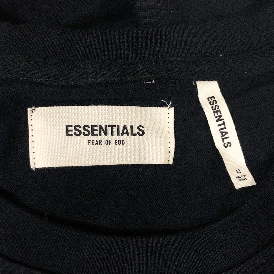 新品【Mサイズ】FOG Fear Of God Essentials フェアオブゴッド エッセンシャルズ LOGO TEE Tシャツ 半袖 エッセンシャル ブラック フォグ