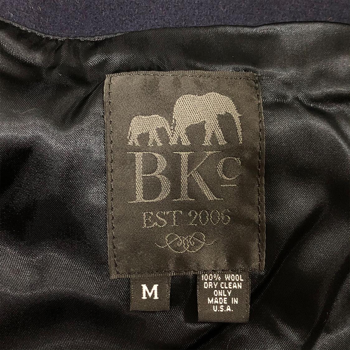 新品【定価50,600円】THE BLOOKLIN CIRCUS ザ ブルックリン サーカス【Mサイズ】ロゴ スタジャン ネイビー BKC