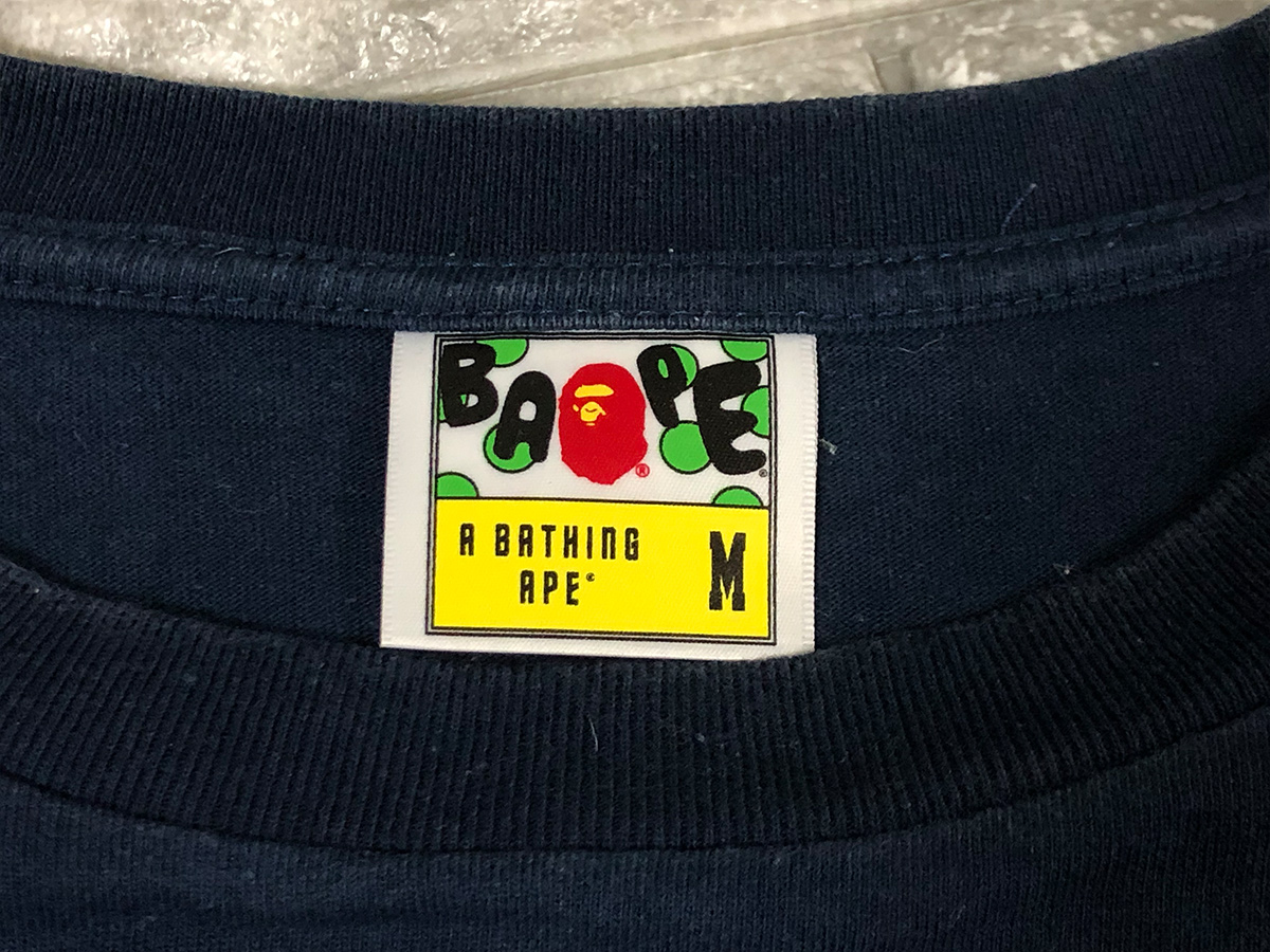 A BATHING APE ア ベイシング エイプ ロゴ Tシャツ ネイビー Mサイズ カットソー bapesta BAPE ベイプ NIGO
