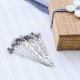 木箱入り待針 貝釦の帯留め