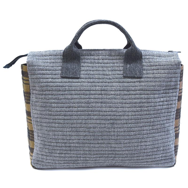 クロスパターンのバッグ(作り方なし)私たちのキルト