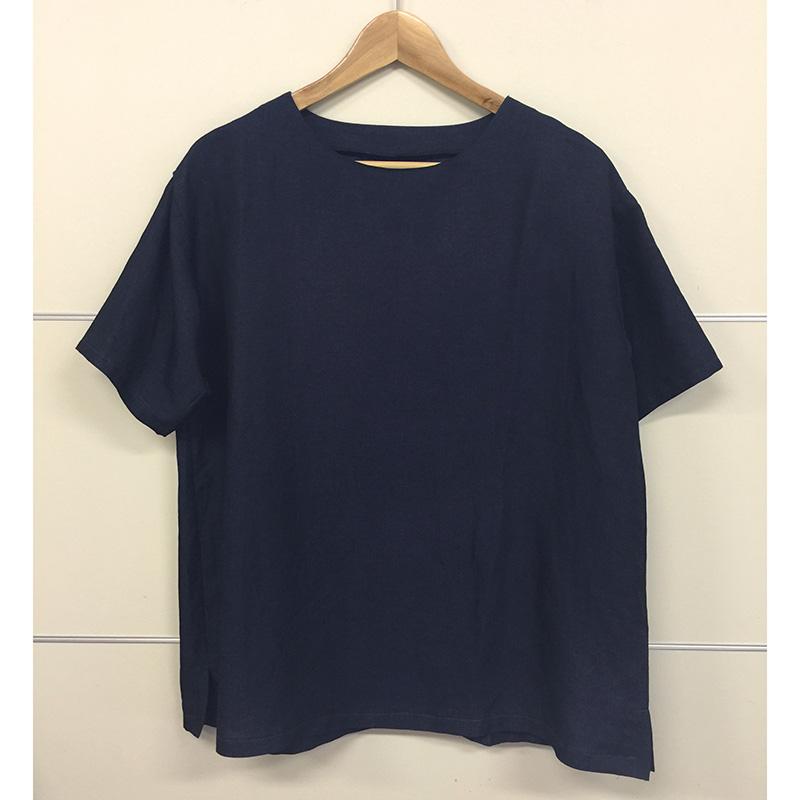 半そでブラウスb(作り方なし)斉藤謠子の いま作りたいシンプルな服とかわいい小物掲載