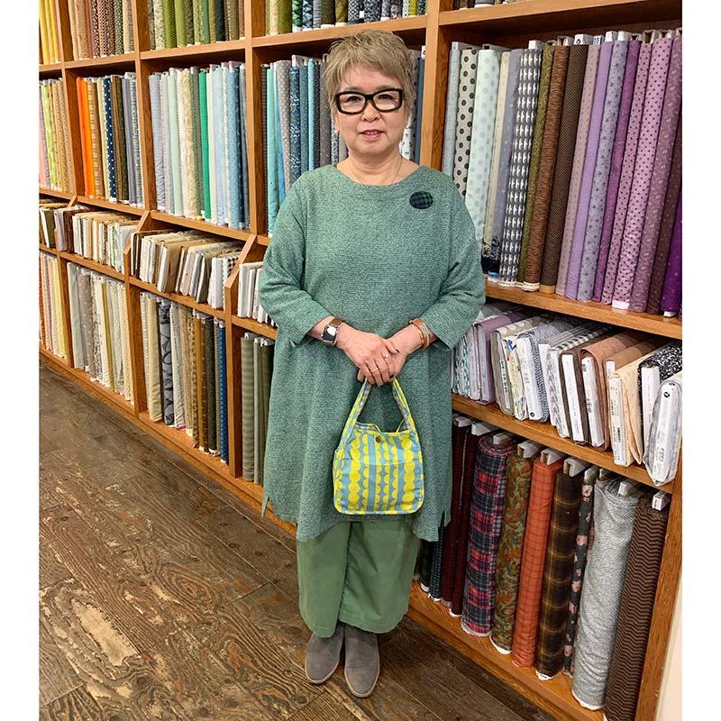 波模様のワンマイルバッグ(作り方なし)斉藤謠子のいつも心地のよい服とバッグ掲載