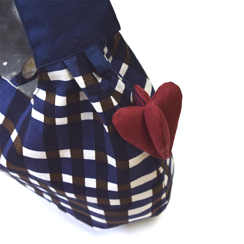 バッグ&チャーム(作り方なし)すてきにハンドメイド2020年2月号掲載