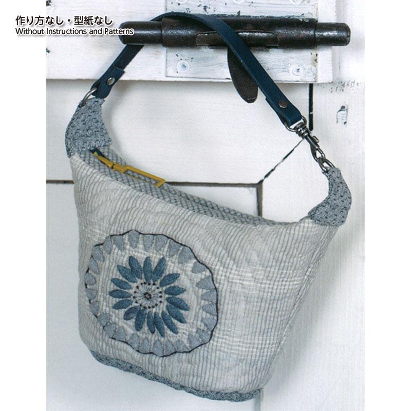 お花のポーチ(作り方なし)斉藤謠子の手のひらのいとしいもの掲載