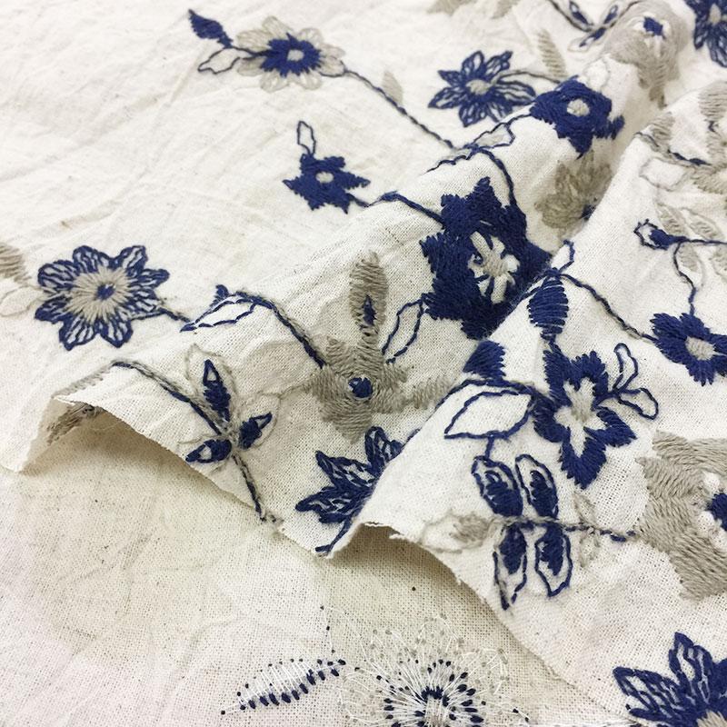 綿麻ボーダー刺しゅう布で作る4枚はぎのバッグ