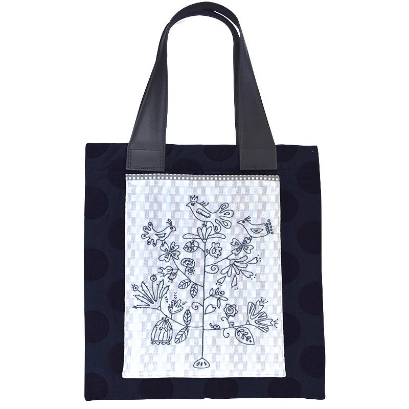 バードツリー刺しゅうのバッグ(作り方なし)私たちのキルト掲載