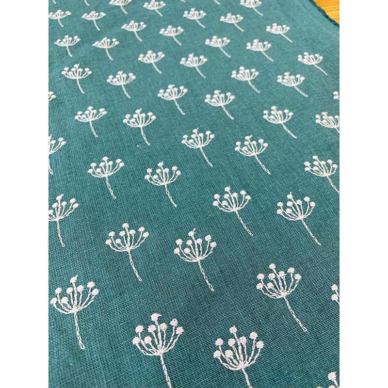web20210610-01 ワンピースにもおすすめフラワー刺しゅうリネン布 ターコイズグリーン 10cm
