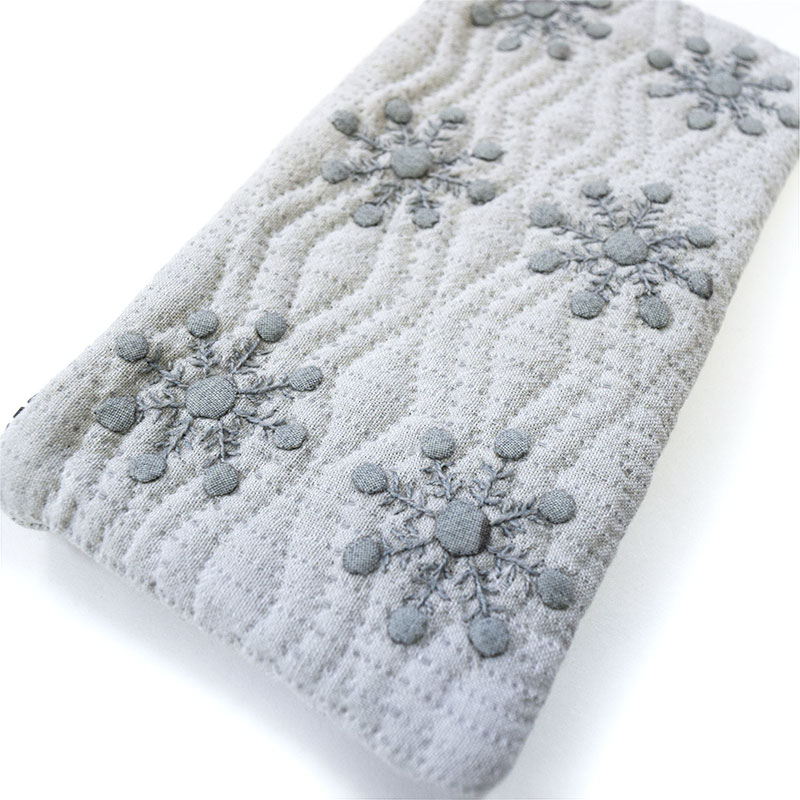 【送料無料】雪の結晶のペンケース(作り方なし)私たちのキルト掲載
