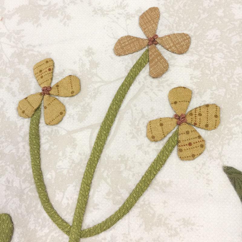 草花のタペストリー 1