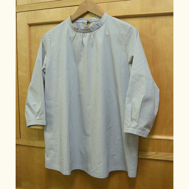スタンドカラーのブラウスa(ストライプ)(作り方なし)斉藤謠子のいつも心地のよい服とバッグ掲載