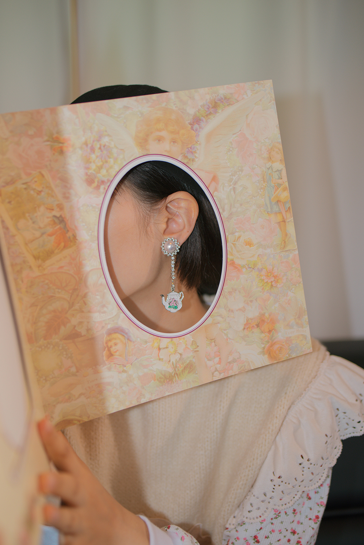 pearl tea set earring & pierce