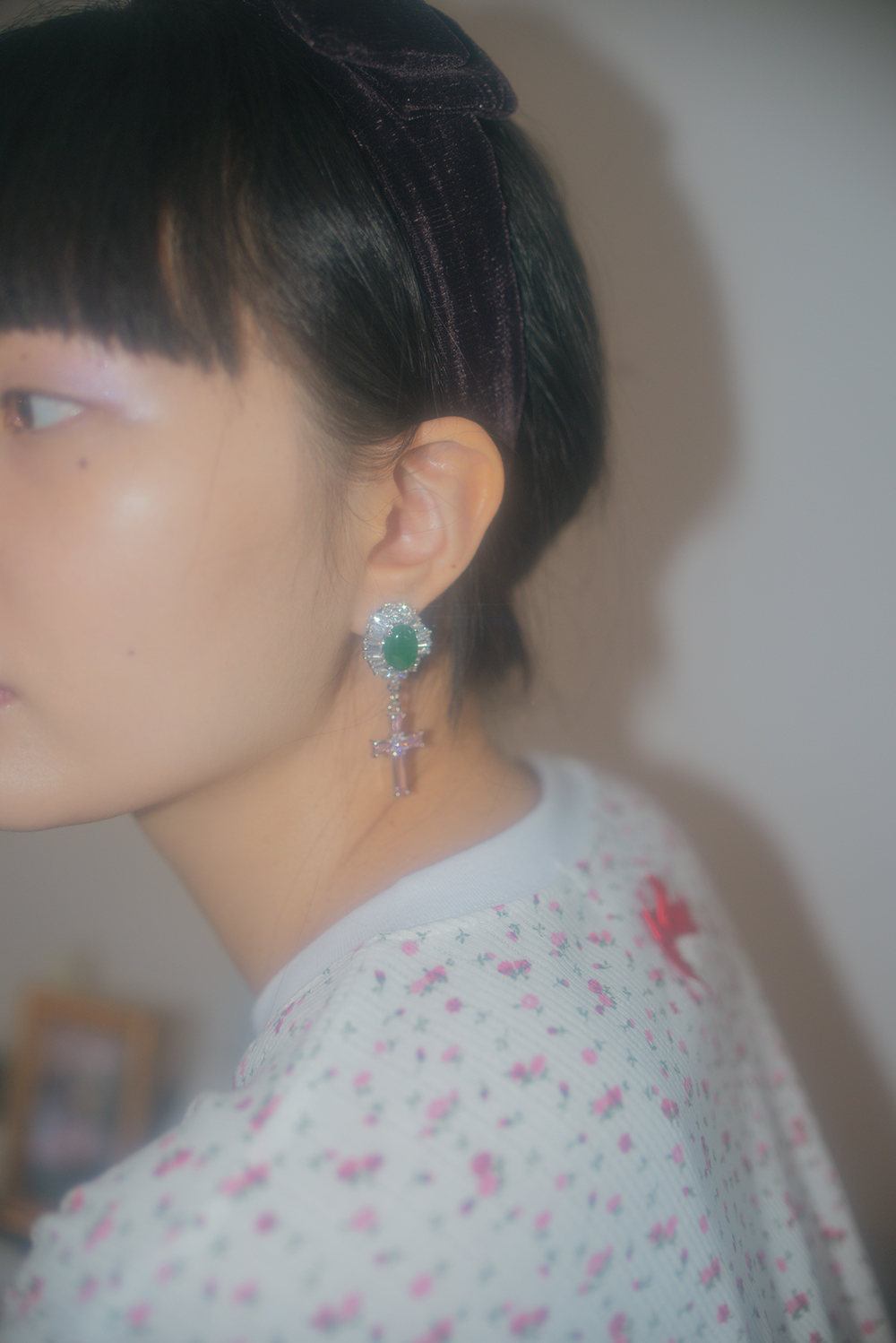 jade crucifix earring & pierce