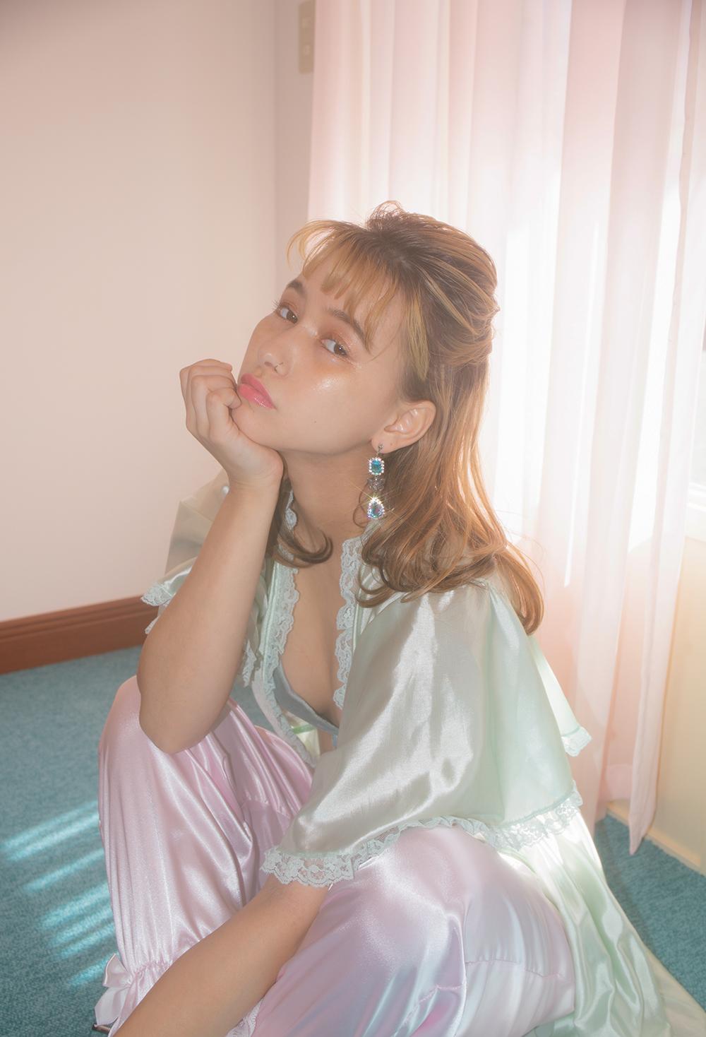(再入荷)AURORA BLUE DROP EARRING & PIERCE