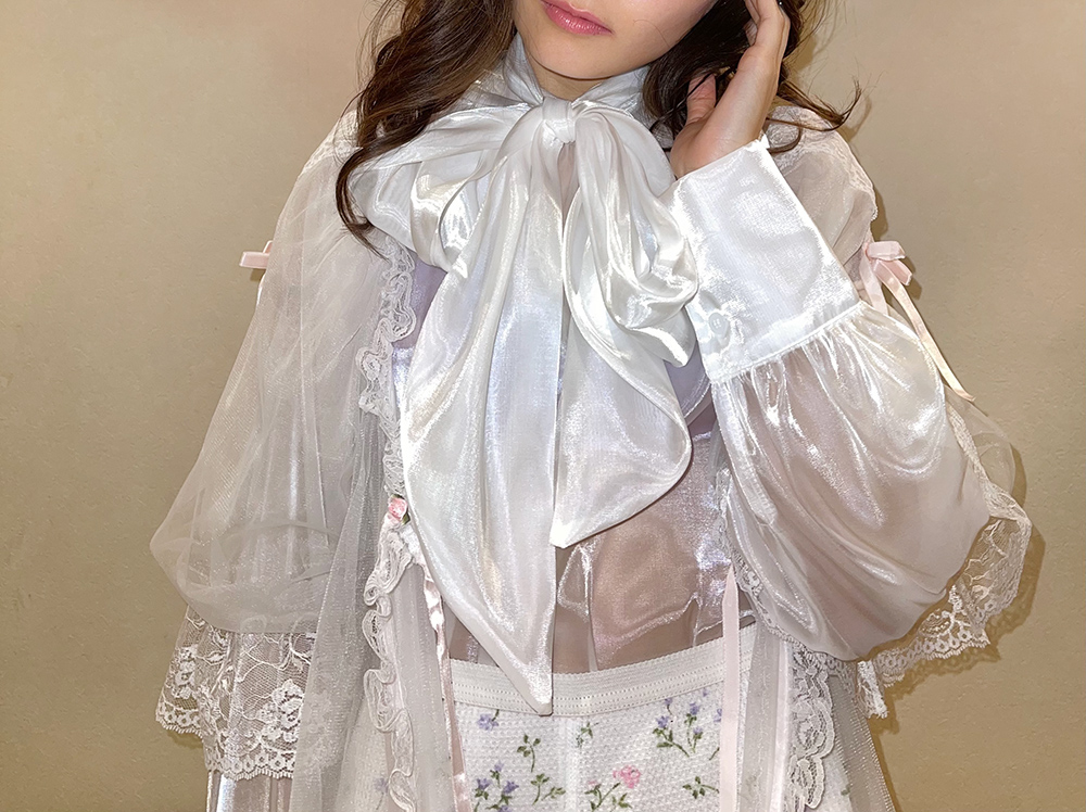 (再入荷) (white) shine ribbon blouse