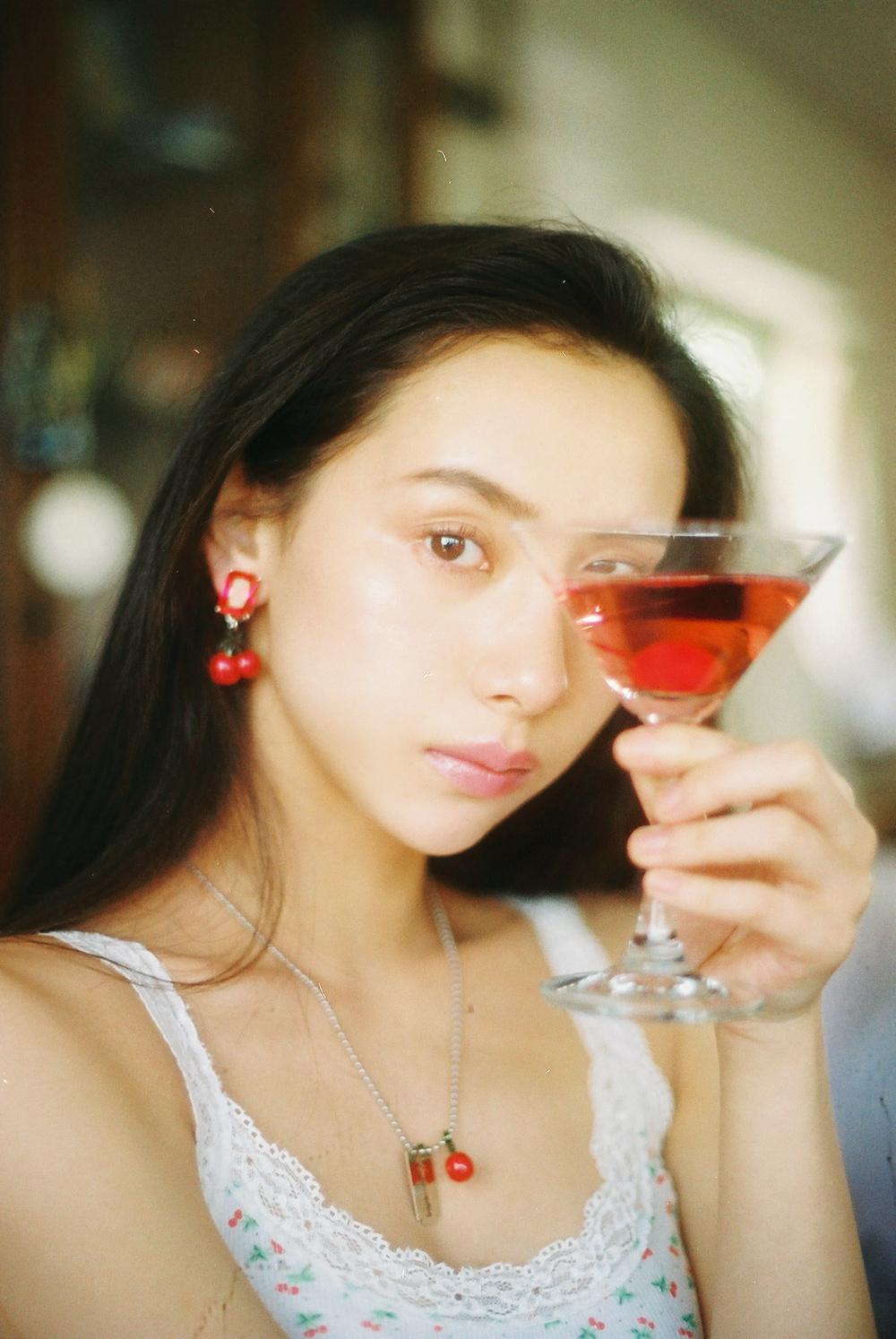 razor cherry necklace