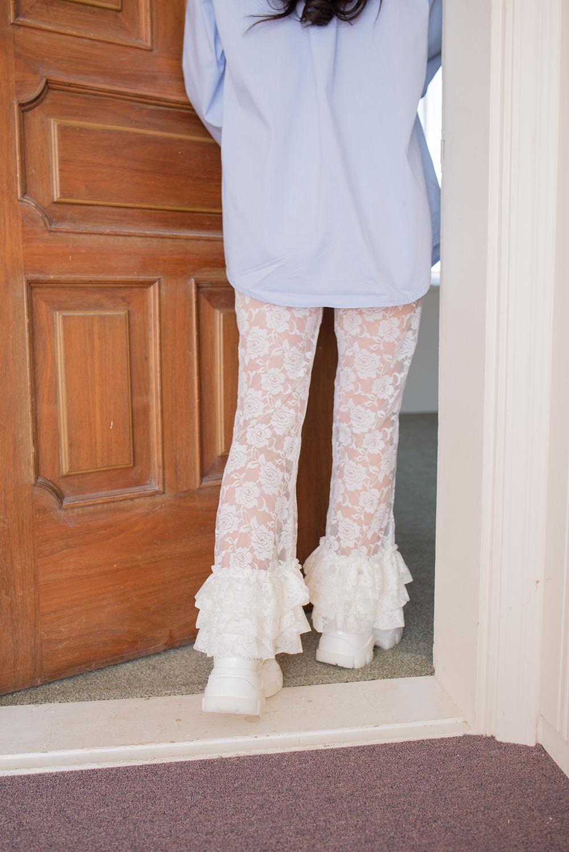 rose lace frill pants