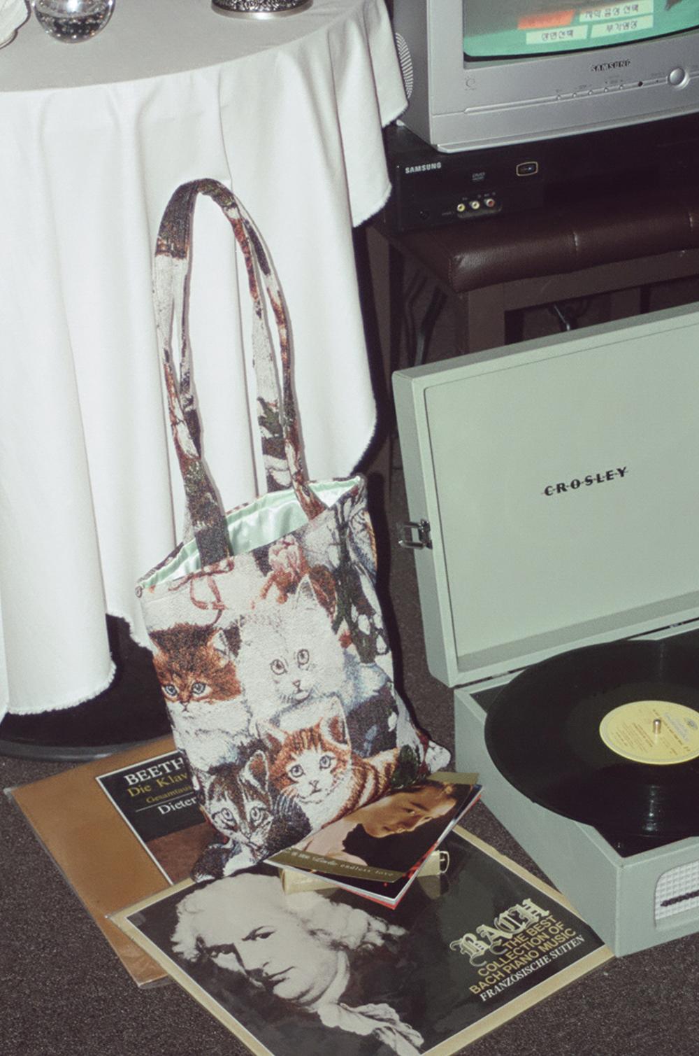 (再入荷) jacquard cats bag